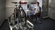 KIT researchers check e-bikes on a test bench that is common in the automotive industry. (Photo: Markus Breig, KIT)