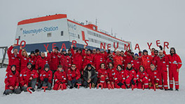 Happy Birthday, Neumayer Station III: The impressive station in the Antarctica was built 10 years ago. (Photo: Esther Horvath)