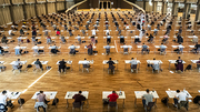 The Schwarzwaldhalle of the Messe Karlsruhe offers space for up to 249 examinees at the same time while maintaining the safety distance (Photo: Markus Breig, KIT)