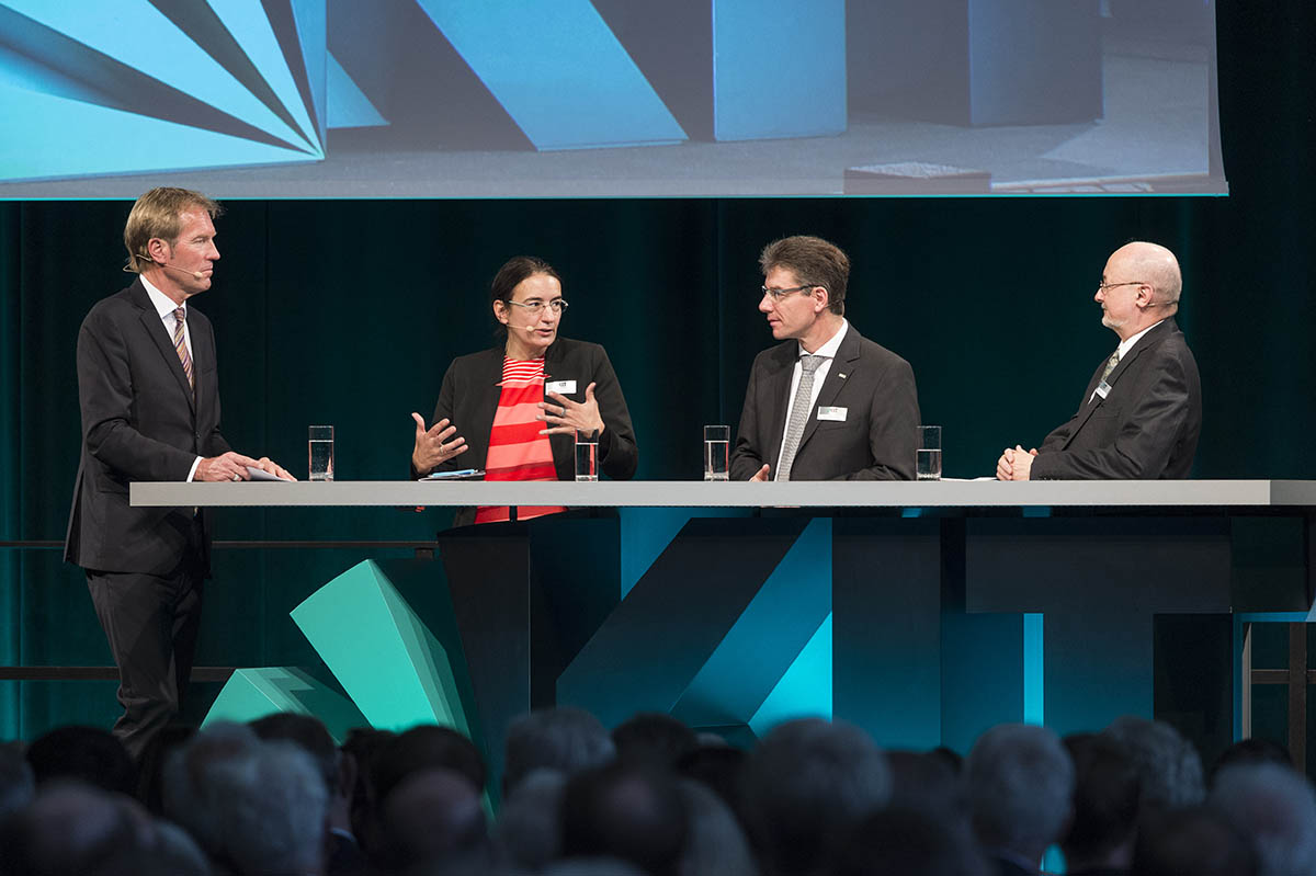 2019 Annual Celebration: panel of experts (photo: Markus Breig, KIT)