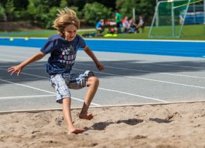 Exercise is a central element of health promotion of children and adolescents.     (Photo: Manuel Balzer, KIT)