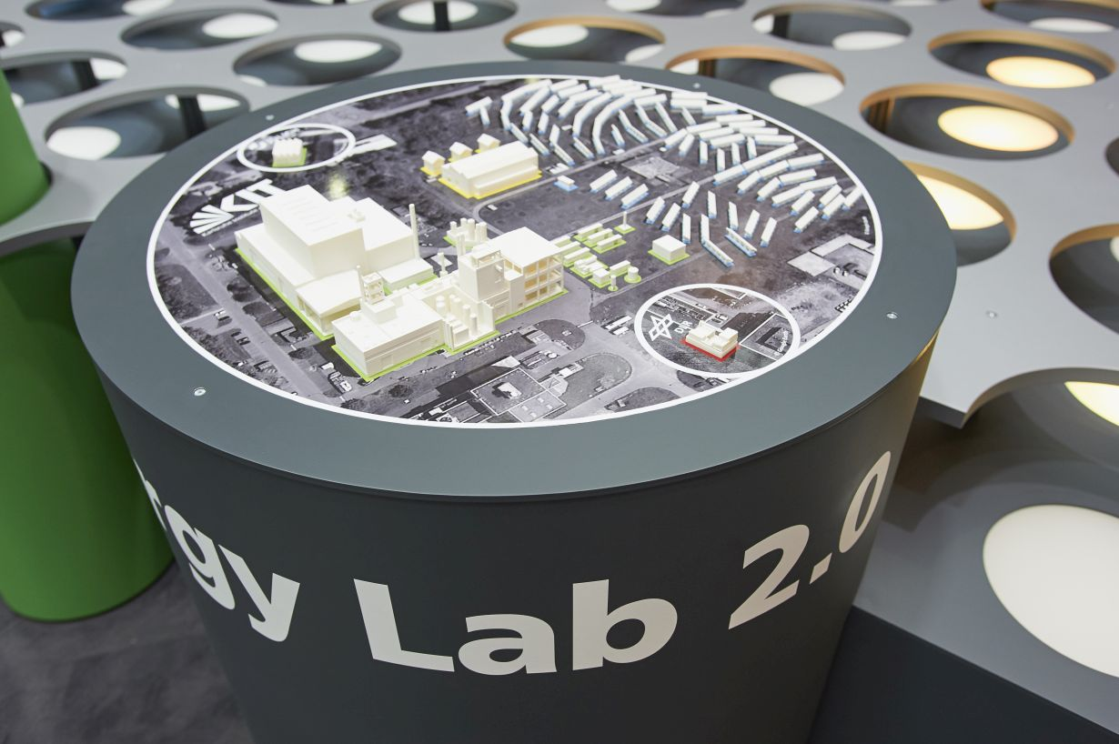 Shaped conceptions and expectations are often part of scientific models. Using the Energy Lab 2.0 as an example, these mechanisms shall be analyzed. (Photo: KIT)
