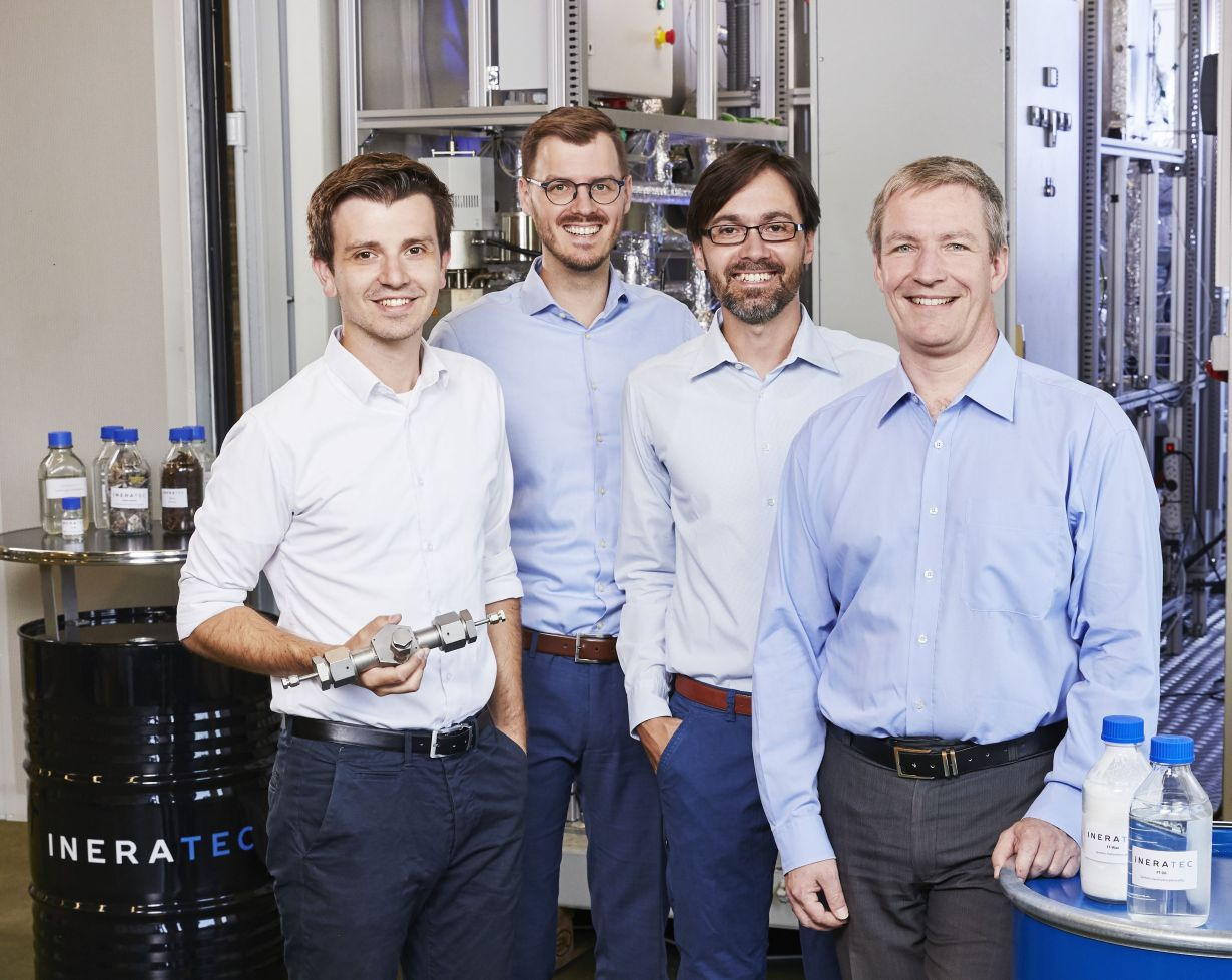The founders of Germany's best startup Ineratec: Philipp Engelkamp, Tim Böltken, Paolo Piermartini, and Peter Pfeifer (from left to right, photo: Sandra Goettisheim, KIT).