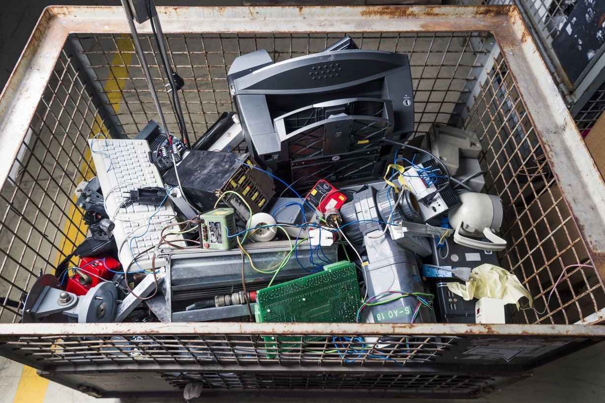 Consumption of resources can be reduced by recycling electronic scrap. (Photo: Amadeus Bramsiepe, KIT)